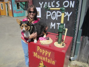 Rosie and Mom at Poppy Mountain General Store